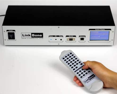 Video multiplexer remote control via infrared RC5 sensor